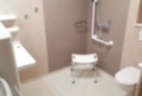 salle de bain studio résidence personnes âgées
