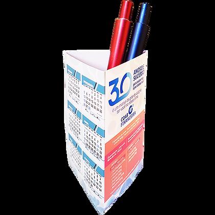 Calendário de mesa porta-canetas vertical