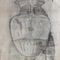 Apprendre à dessiner une nature morte : esquisse d'après une « bosse » (copie d'un vase antique)