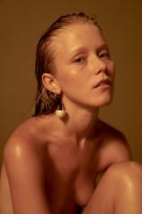 Alice Phoebe Lou by Jonathan Kope 02