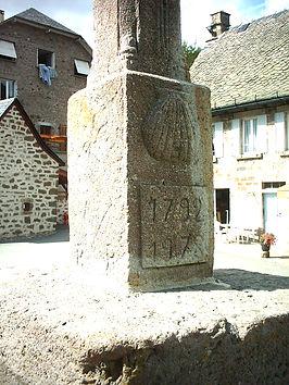 CROIX DE PELERINAGE ST J DES BLATS 2.jpg
