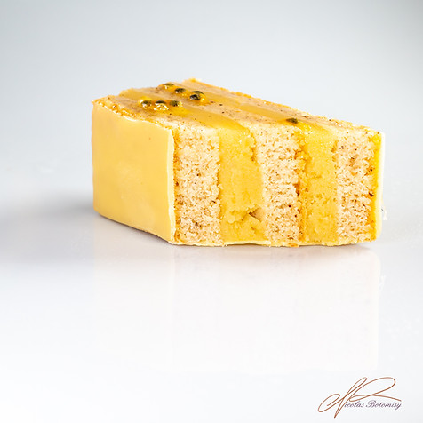 Financier Passionfruit.jpg