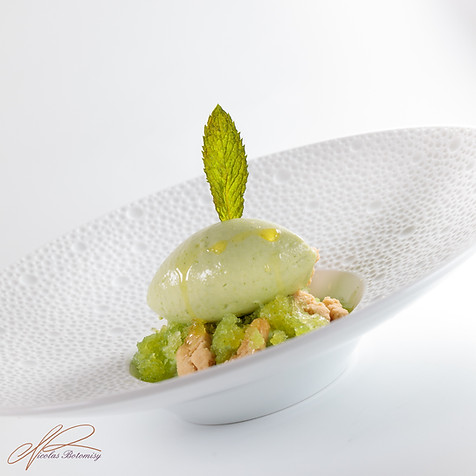 green peas mint plate.jpg