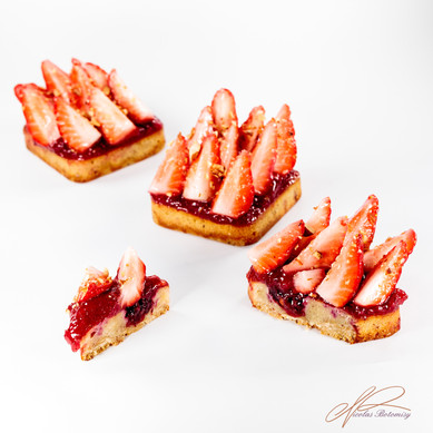 strawberry tonka tart.jpg