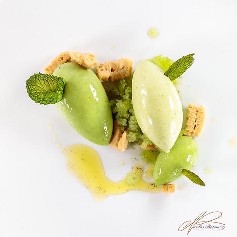 green peas mint quenelle.jpg