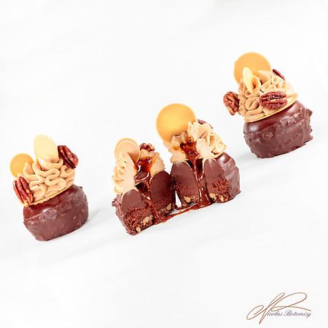 Tarte Chocolat Caramel Pecan.jpg