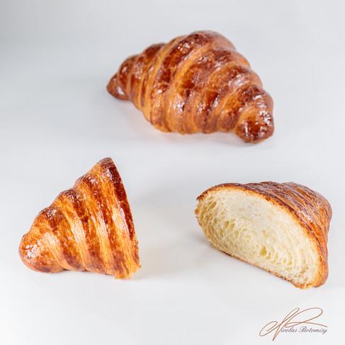 croissant cut.jpg
