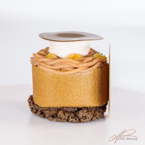 hojicha rolled cake.jpg
