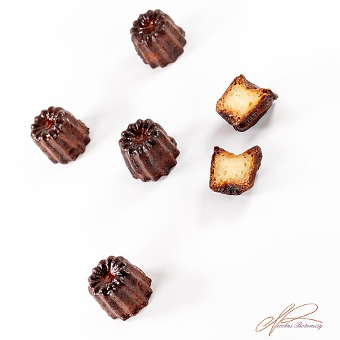 mini cannelé.jpg