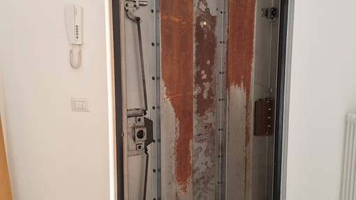 riparazione porta blindata