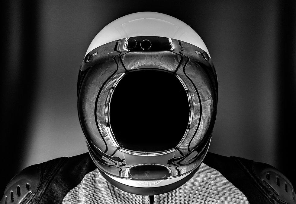 Helmet 01.jpg