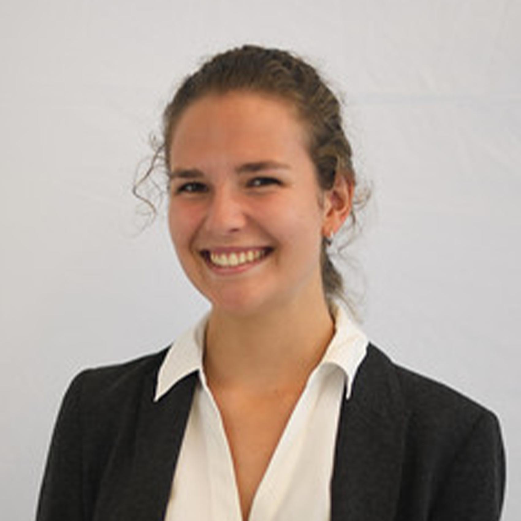 Sarah Nicolas