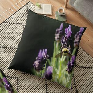work-32735203-floor-pillow.jpg