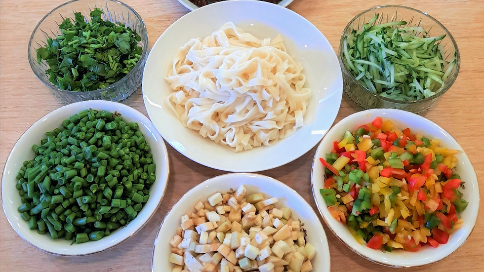 Vegetarian noodle meal for two or three