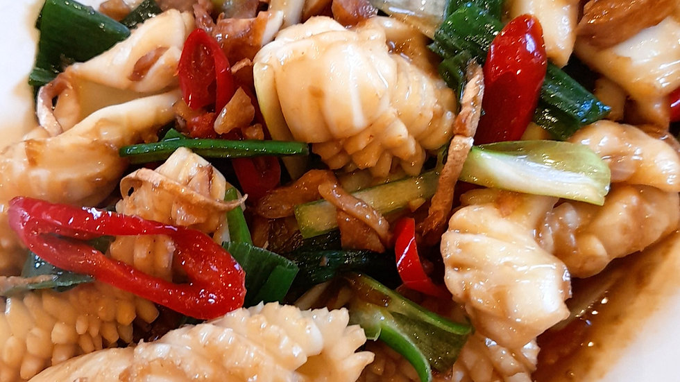 Spicy squid with garlic