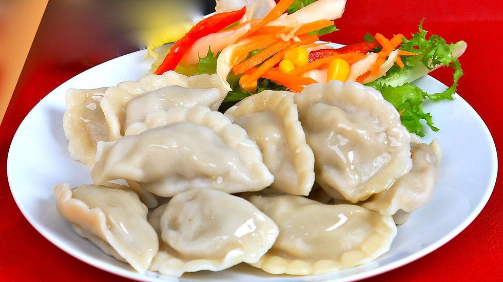 Boiling dumplings (jiaozi)