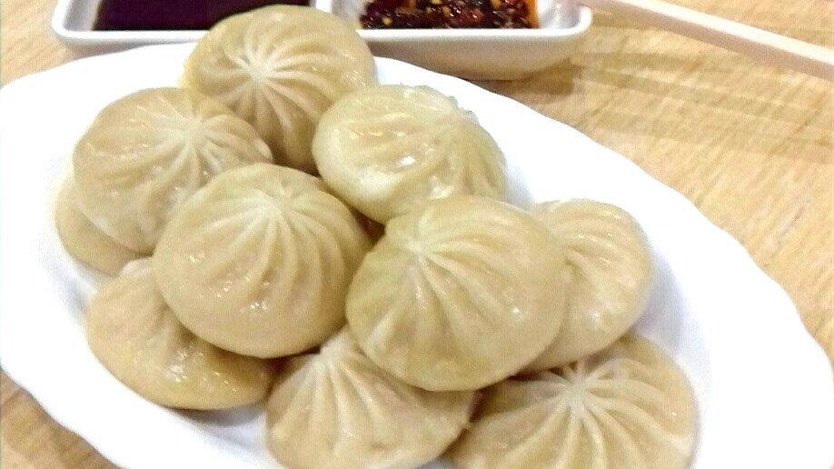 Baozi (steamed buns)