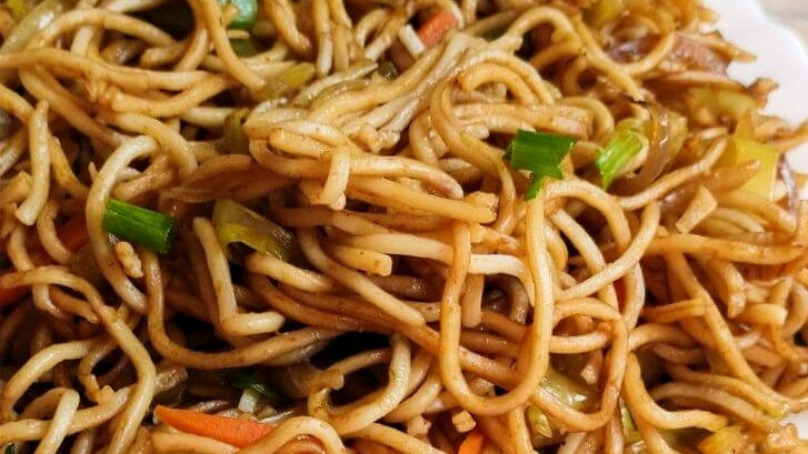 Vegetable Chow Mien for two (chilled)