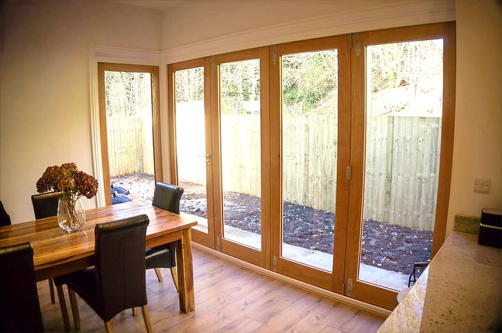 bespoke-timber-bifold-door_edited.jpg