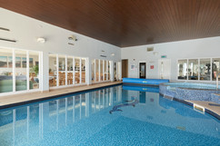 27. heated pool.jpg