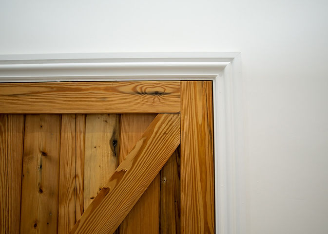 reclaimed-timber-door-detail-d.jpg