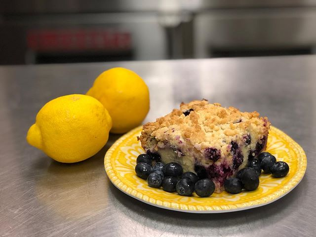 Lemon Blueberry Crumb Cake