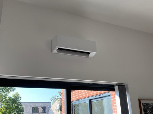 Wall Mounted Air Conditioning Units Installed in Cambridge