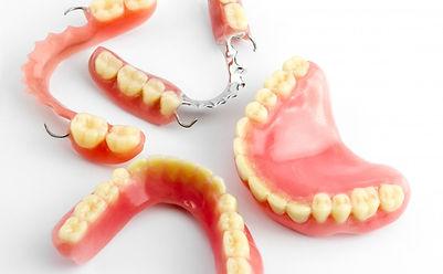 denture, dentures, repair, dentist, southport, liverpool, ormskik, teeth, dental, oak dental, nhs, private