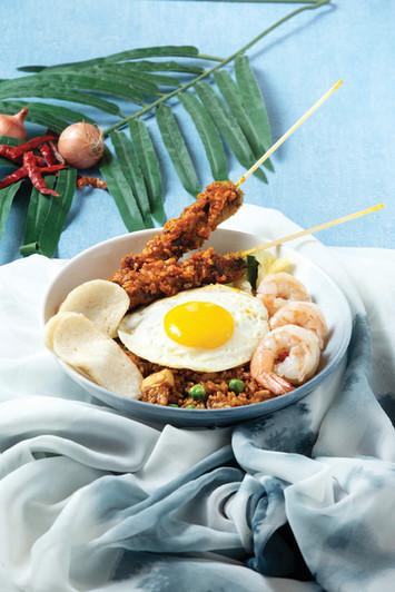 印尼炒飯配沙嗲串燒