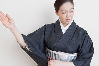   日本舞踊はリモートでもお稽古が可能!