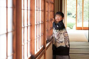 日本舞踊教室は男の子も通える習い事です。