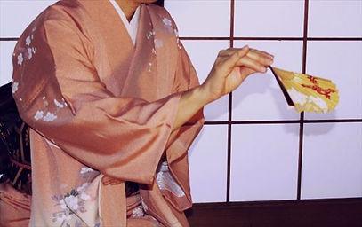 初心者におすすめなのはどれ?日本舞踊の有名な5大流派をご紹介