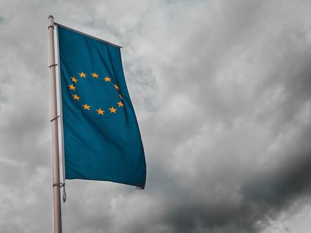 Carton rouge pour la Commission européenne : Green Deal ou BlackRock il faut choisir !