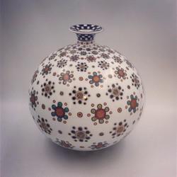 「市松小花紋花瓶」
