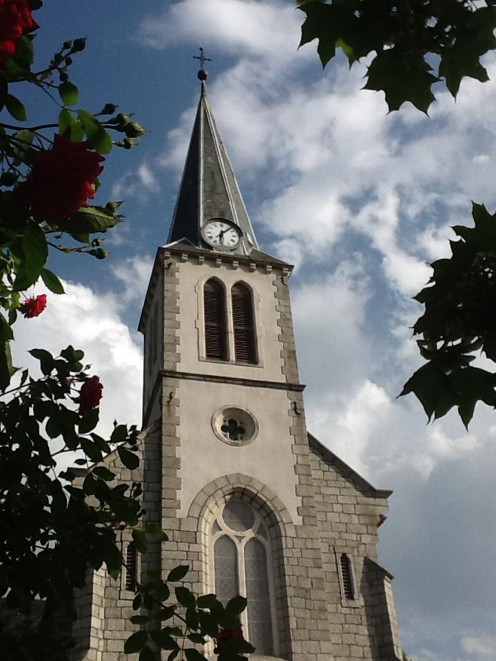 7_BERTHOUD_DRAPPIER_Corinne_-_l'église_avant_l'orage