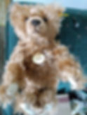 """Classic """"Growler"""" Steiff bear"""