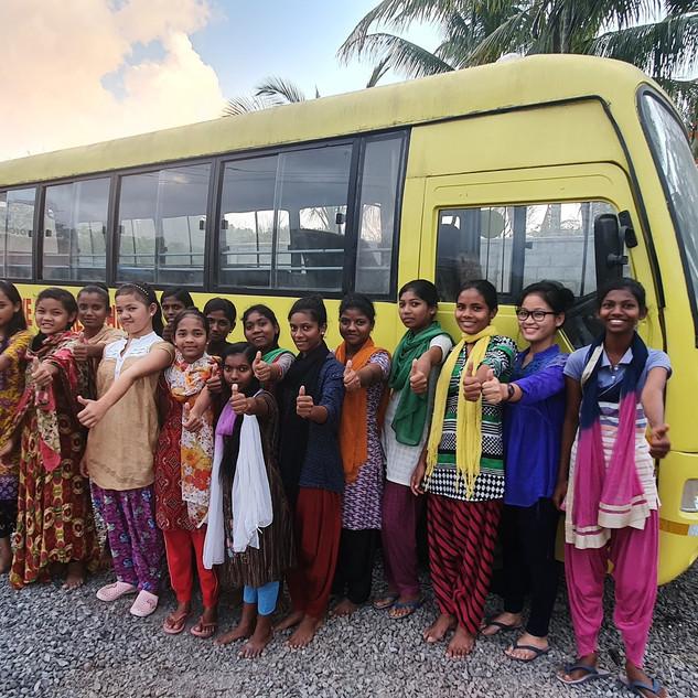 bus (4).jpg