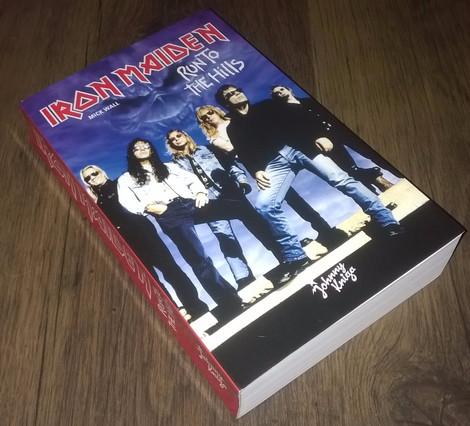 Iron Maiden - Run To The Hills (Book)