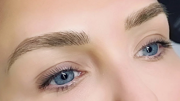 Brow Feathering microblading Brows_www.lashtiqueprofessional.com.png