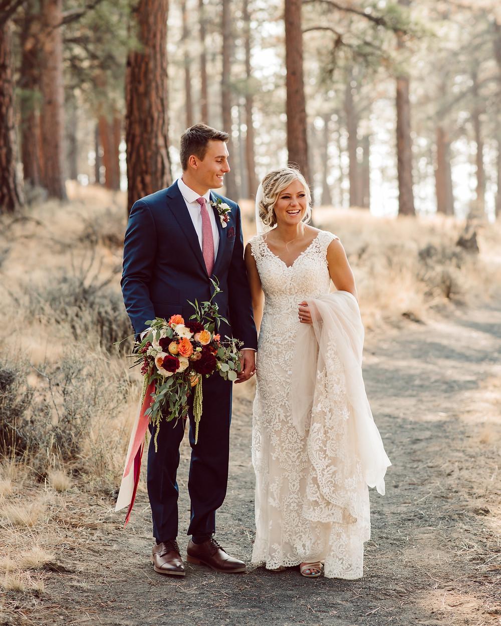first look, oregon, wedding, central oregon