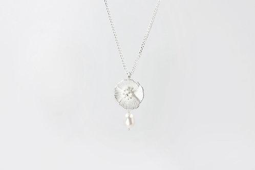 罌粟花項鍊 (珍珠款)