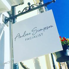 Andrea Simpson Facialist Signage