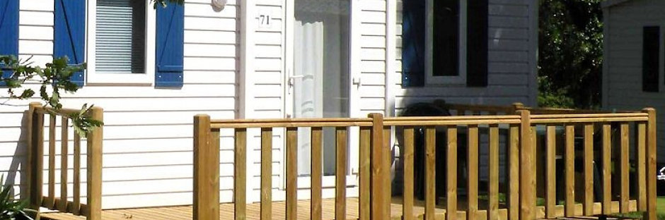 Terrasse simple avec escalier