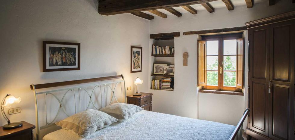 29-villa-in-pietra-vendita-umbria.jpg