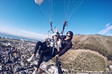 dr melissa crestani paragliding