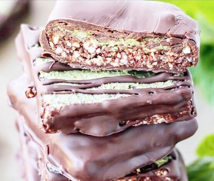 sjokolade med matcha_edited.jpg