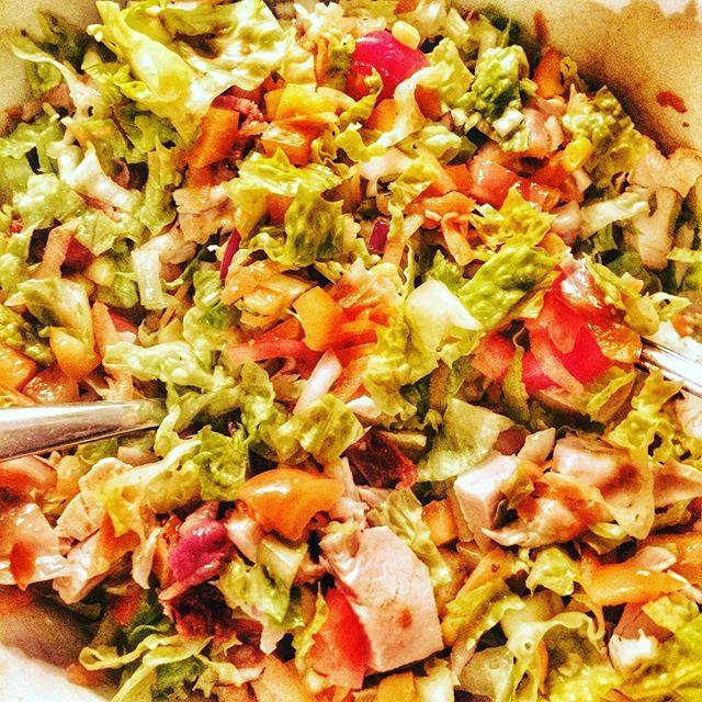 #engammelslager #kyllingsalat #mantagerhvamanhaver #rest #fullverdig med en skvett #olivenolje #gogr
