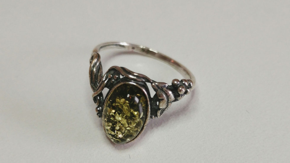 Green Amber ring A183