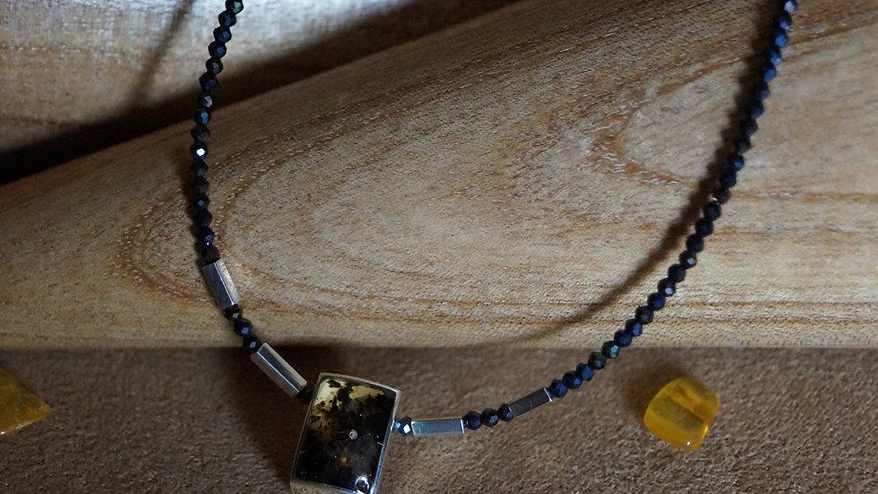 AmberModa Amber Pendant Necklace A271