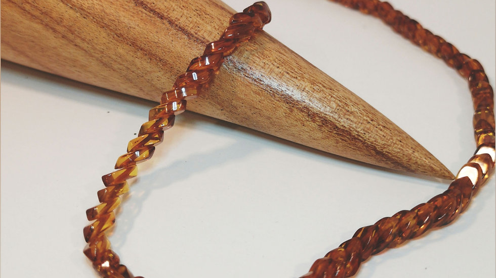 Amber necklace A134